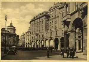 Una foto d'epoca immortala la Via Case Rotte, nella versione pressocchè moderna