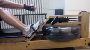 Eccomi allo studio T2 alle prese con il vogatore che ritrovate più sotto tra le mani di Kevin Spacey