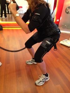 Si parte con l'allenamento mentre gli elettrostimolatori partono a loro volta con le scariche...
