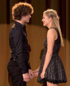 La brava protagonista, qui in un duetto, è stata una dei talenti di The Voice edizione francese