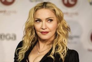 E l'età? Altro limite per la bellezza... guai a scendere sotto il livello di over-tonicità di Madonna!