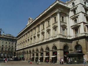 Il palazzo della Veneranda Fabbrica, alle spalle del Duomo (foto di Robert Ribaudo)