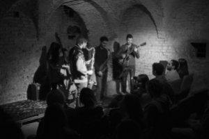 Uno dei concerti in cripta (foto collettivo LUME)